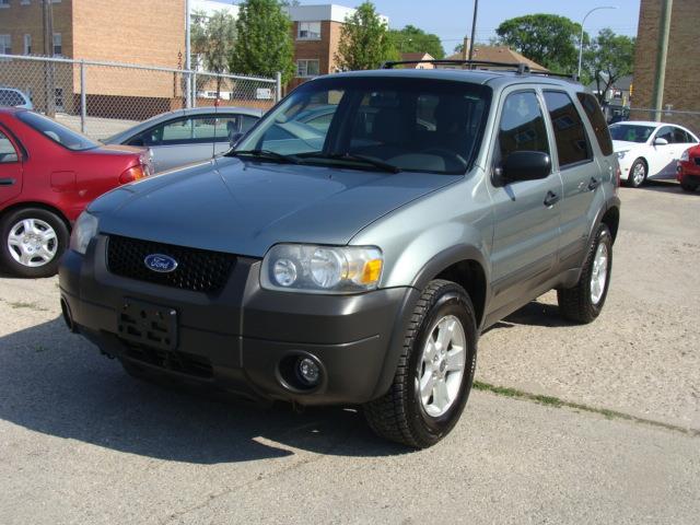 2006 Ford Escape  A.W.D. X L T