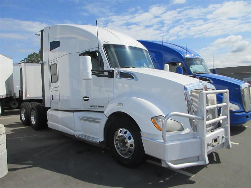 2014 Kenworth T680  Highway Tractor/ 76 Sleeper #TL11282