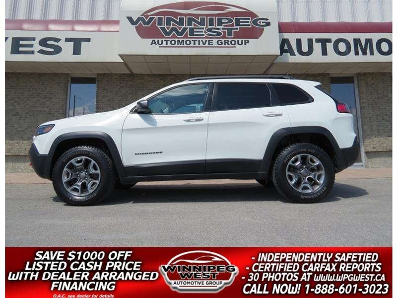 2019 Jeep Cherokee TRAILHAWK ELITE V6 4X4, LOADED, PAN ROOF, LEATH #GNW5167
