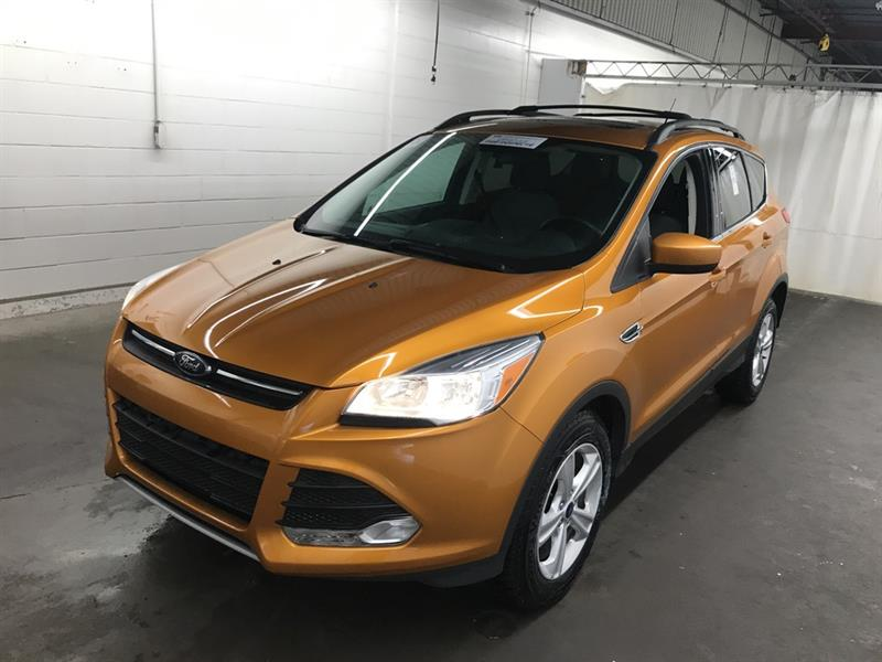 2016 Ford Escape SE *AWD/B.tooth/Pano Roof/Htd Sts #24016