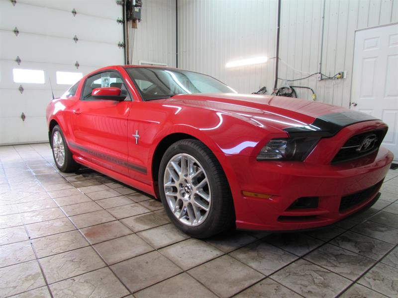 Ford Mustang 2014 2dr Cpe V6 #14-1001