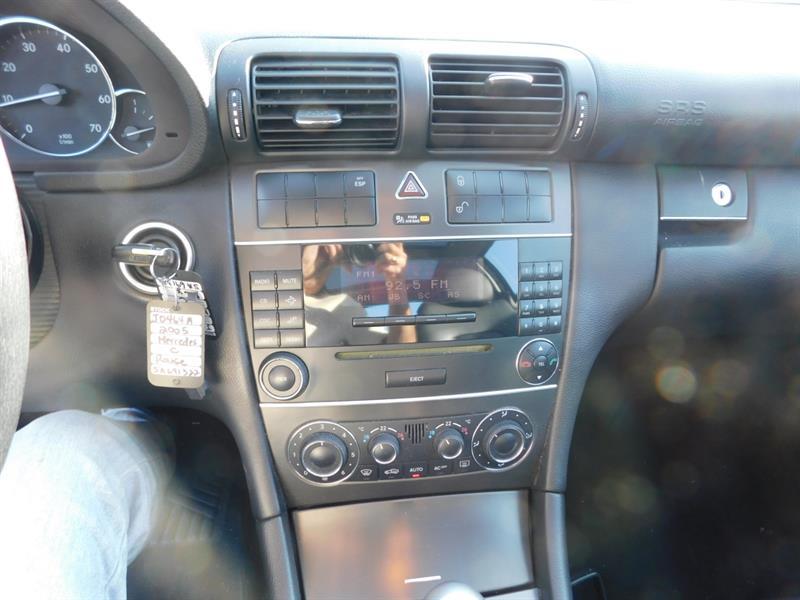 Mercedes-Benz C-Class 2005