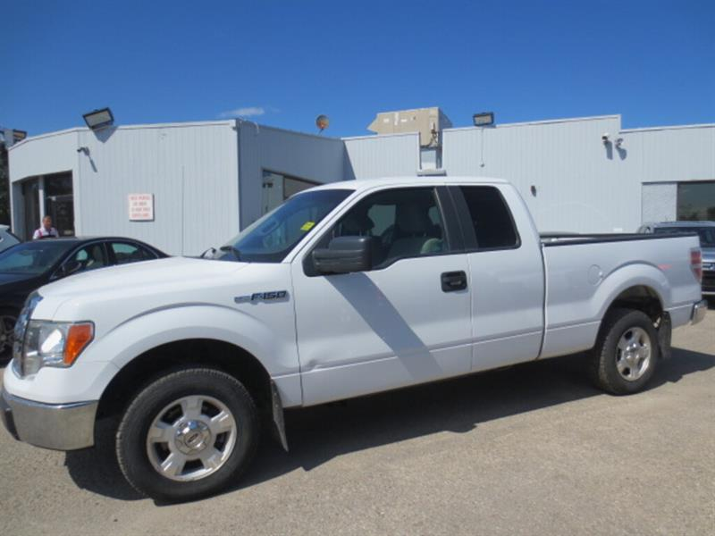 2009 Ford F-150 2WD SuperCab 133  XLT #4096