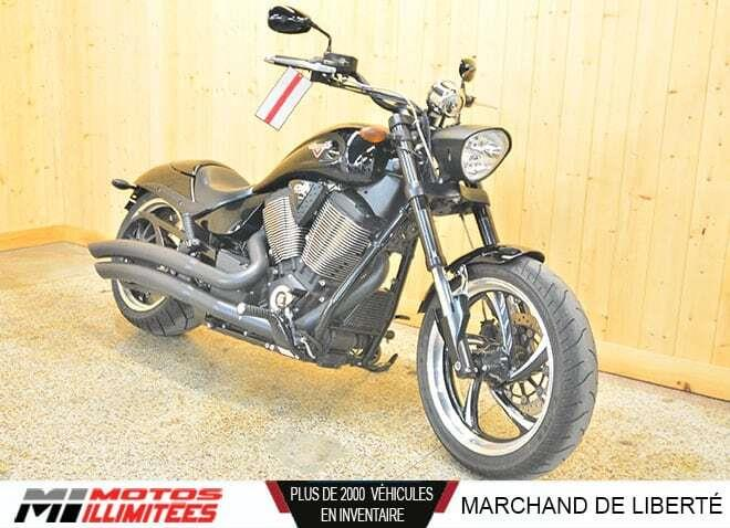 Victory Motorcycles 8-Ball 2015