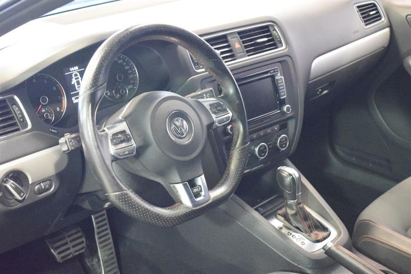Volkswagen Jetta GLI 9