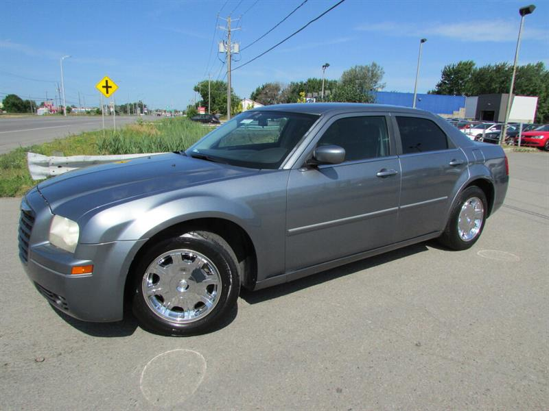 Chrysler 300 2006 Touring EXTRA CLEAN A/C CRUISE!!! #4673