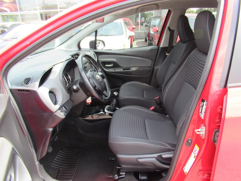 Toyota Yaris Hatchback 8
