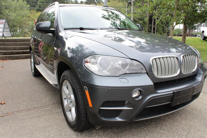 2012 BMW X5 AWD Diesel. Leather. Sunroof. Bluetooth. #12454A (KEY 2)