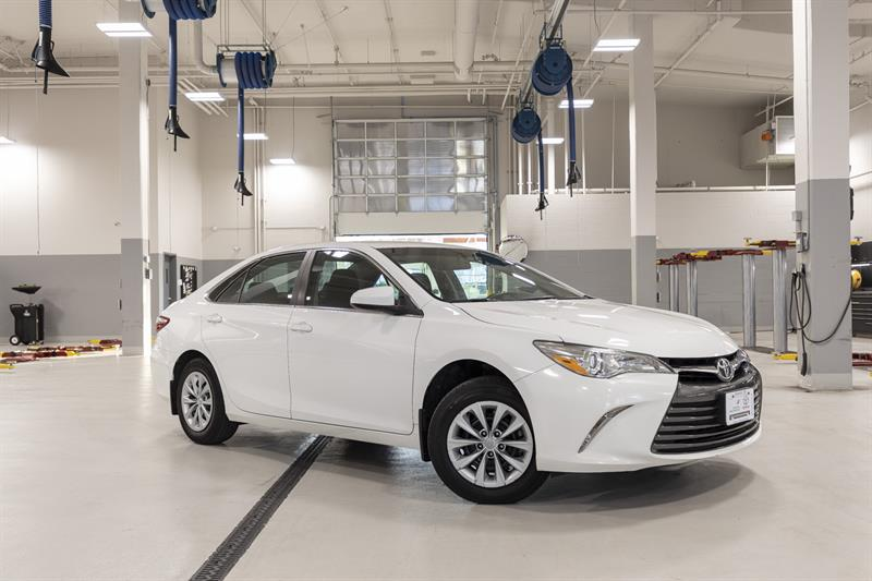 2016 Toyota Camry LE #P6959T