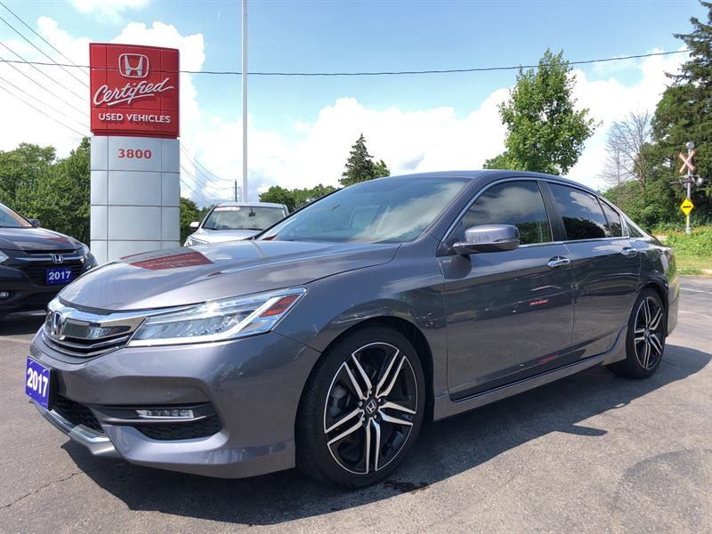 2017 Honda Accord Touring #22694A