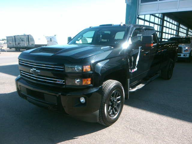 Chevrolet Silverado 2500HD 2017 DIESEL 6,6L NIGHT  #ADO2224