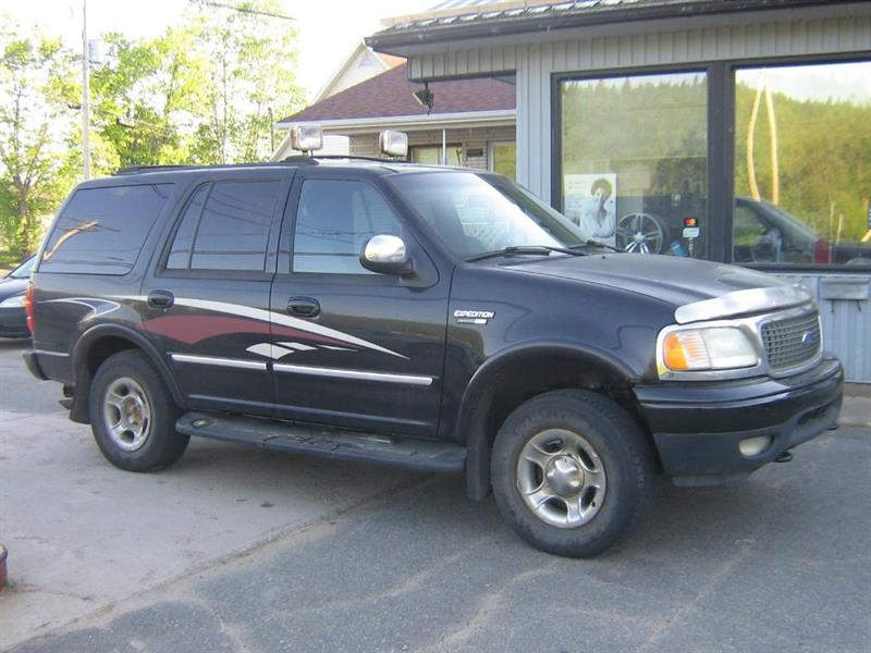 Ford Expedition 2002 XLT #18-440