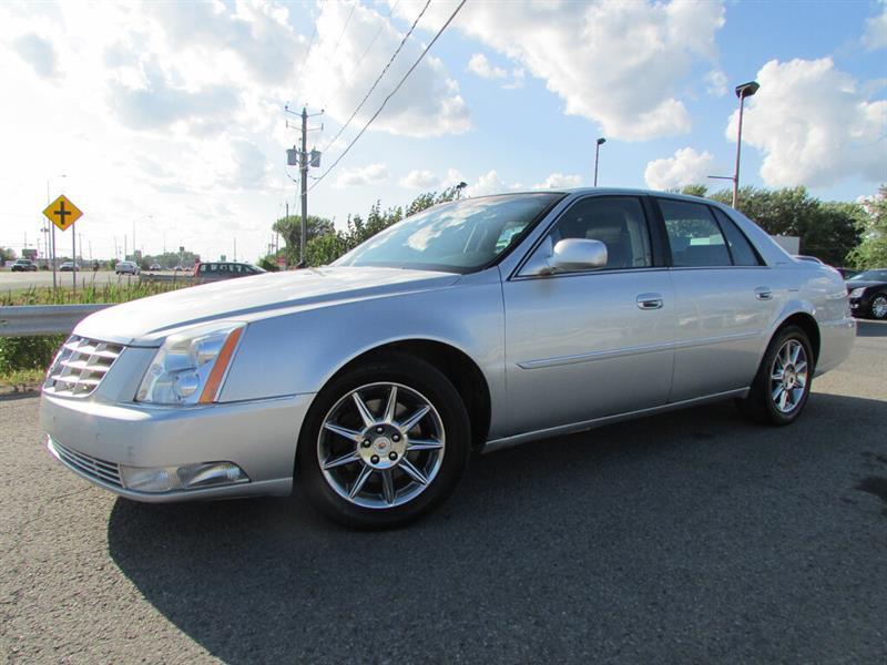 Cadillac DTS 2011 Luxury II DEMARREUR TOIT OUVRANT!! #4712