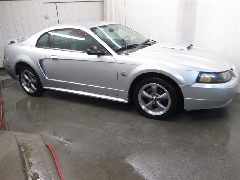 Ford Mustang 2004 Coupé #9-0524