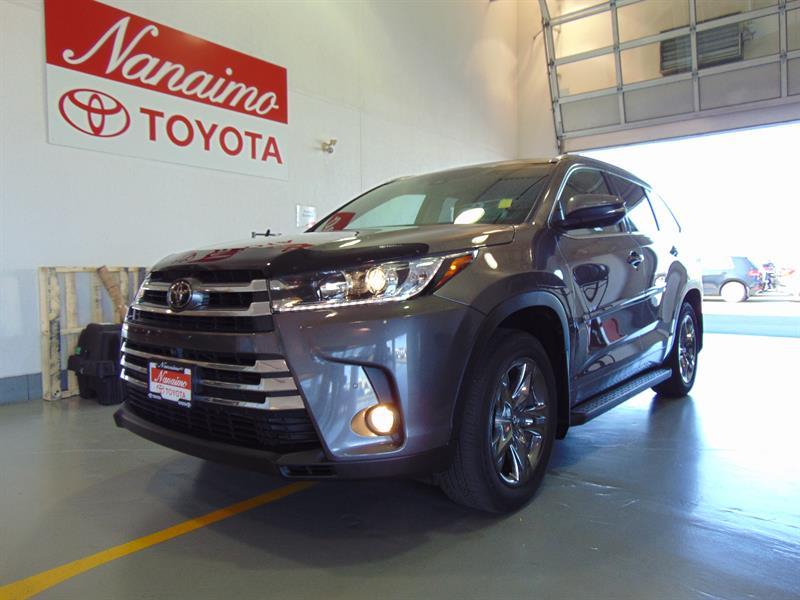 2017 Toyota Highlander AWD Limited #21625AX
