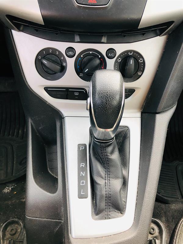 Ford Focus 27