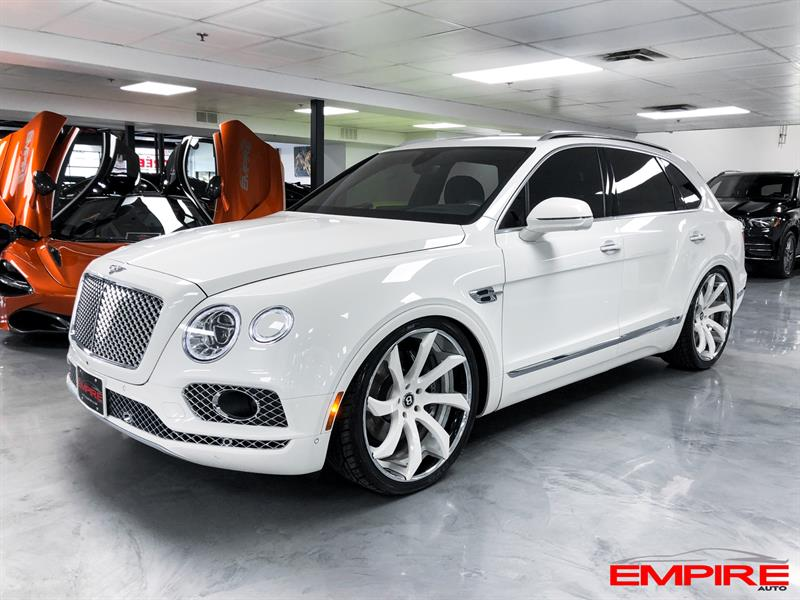Bentley Bentayga 2018 AWD W12 MULLINER  #A021034