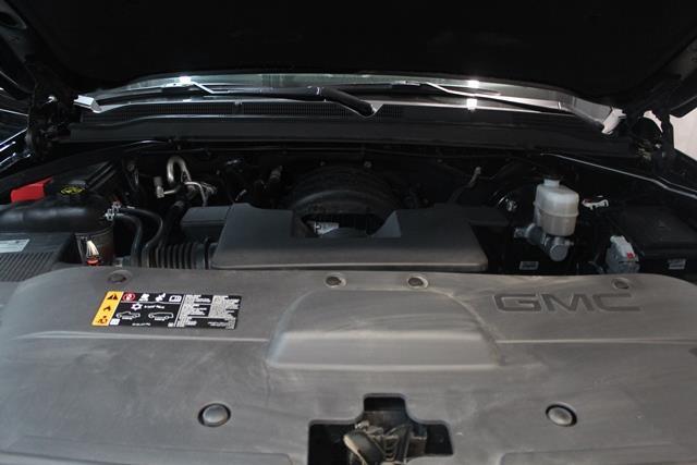 GMC Yukon 24