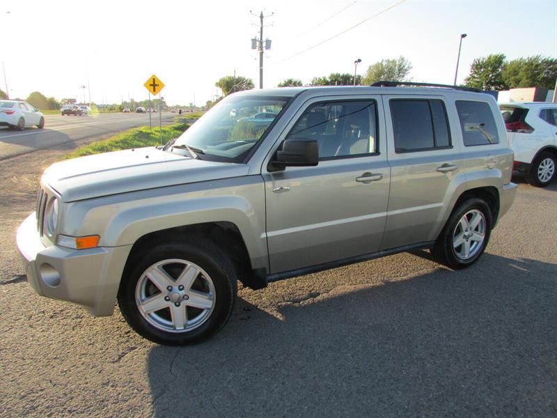 Jeep Patriot 2010 CRUISE GR ELECTRIQUE!!! #4800