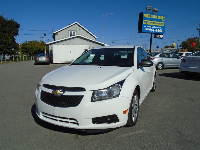 Chevrolet Cruze 2014 4dr Sdn 1LT