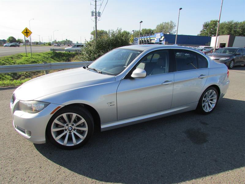 BMW 3 Series 2010 335i xDrive NAVIGATION TOIT OUVRANT!!! #4824
