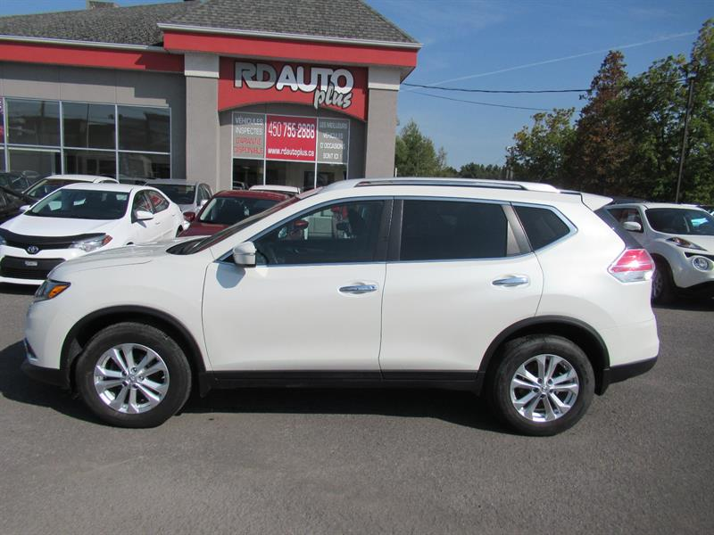 Nissan Rogue 2015 AWD 4dr