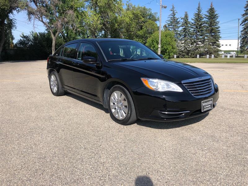 2014 Chrysler 200 LX #9972.0