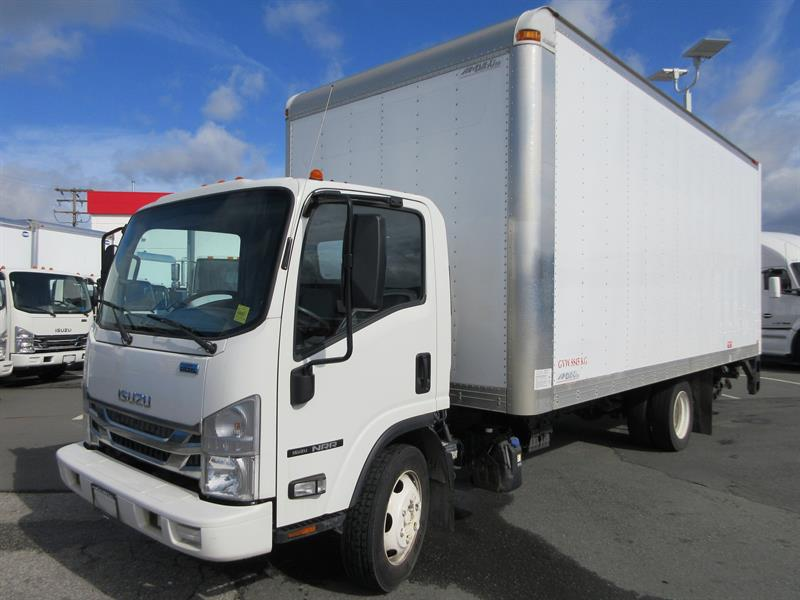2017 Isuzu NRR 19,500 GVW 20' 8'H Van #T11835