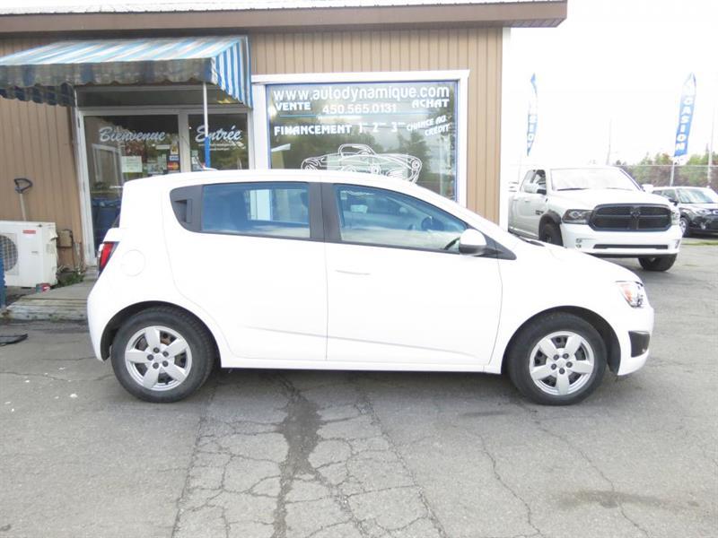 2014 Chevrolet Sonic 5 portes à hayon LS à b. man. #4479