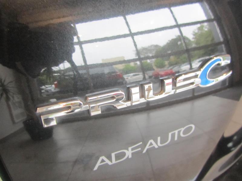toyota Prius c 2014 - 11