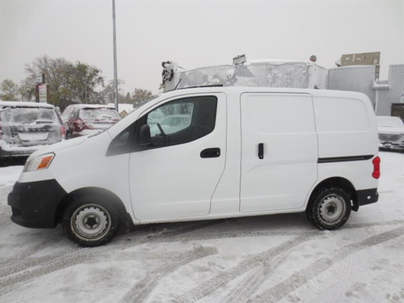 2013 Nissan NV200 SV  Cargo - Shelving/Front Divider #4204