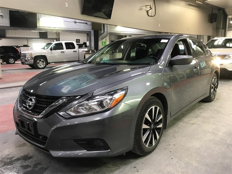 2018 Nissan Altima SV *B.tooth/Back.Cam/Htd Seats #24155