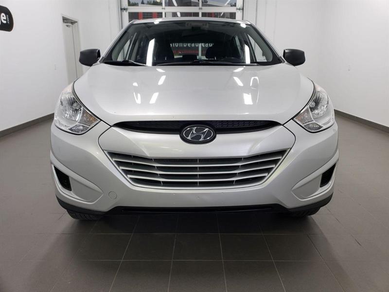 Hyundai Tucson FWD 2