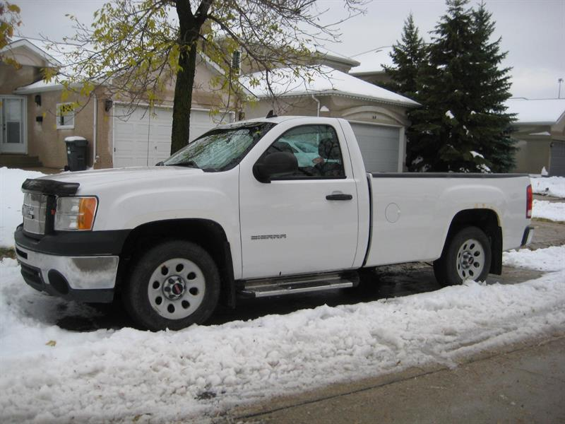 2009 GMC Sierra SL #CO6215