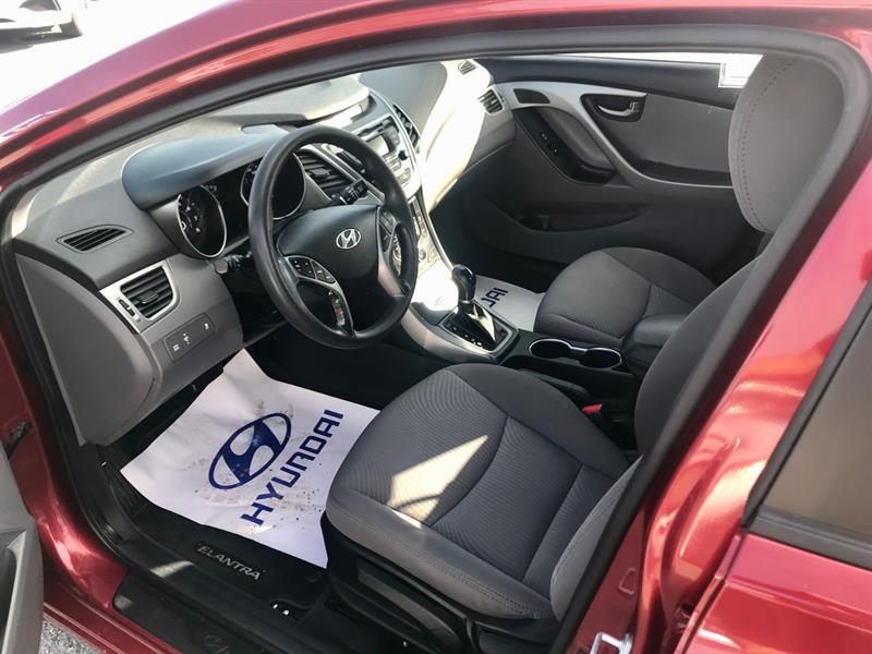 Hyundai Elantra 22