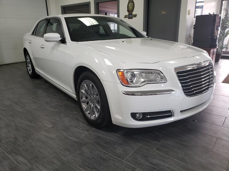 Chrysler 300 2014 Touring #EH175257