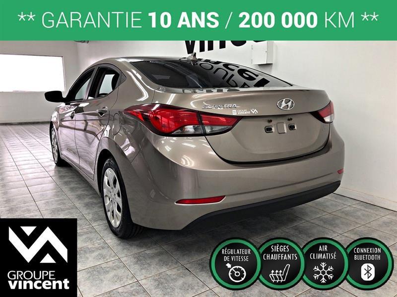 Hyundai Elantra Sedan 5