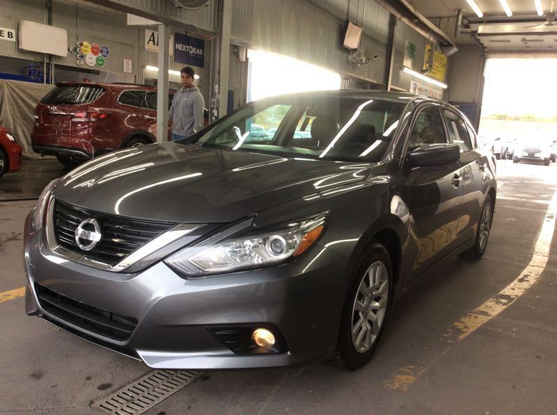 Nissan Altima 2016  **PAY WEEKLY $32 SEMAINE ** #2570 **363356