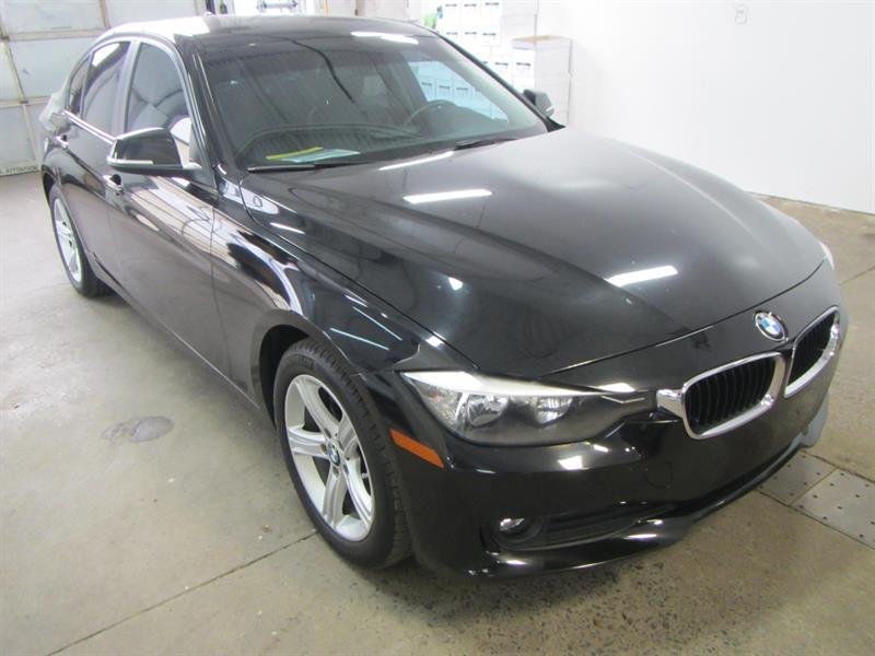 BMW 320 2015 xDrive AWD ** **PAY WEEKLY $69 SEMAINE ** #SR2539 **200819