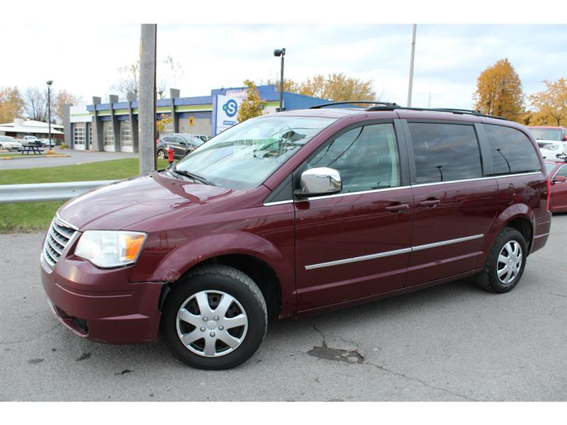 Chrysler Town & Country 2009 Touring A/C BLUETOOTH TOIT OUVRANT!!! #4340A