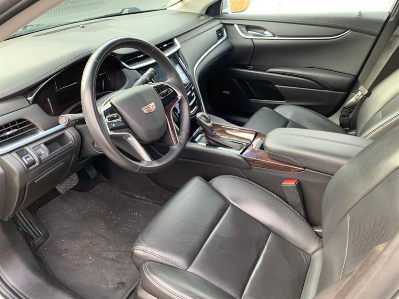 Cadillac XTS 8