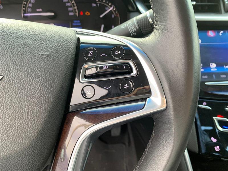Cadillac XTS 15