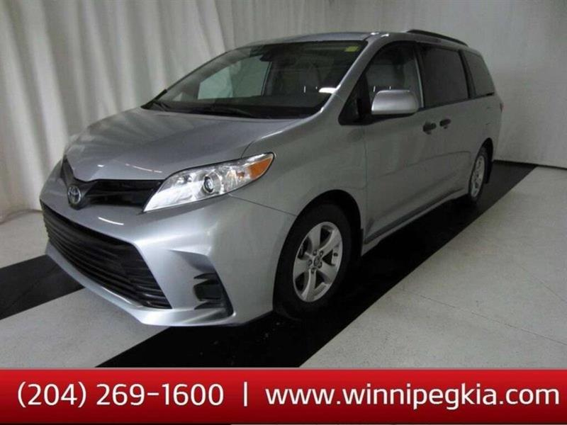 2019 Toyota Sienna CE *Cruise, Bluetooth, Backup Camera!* #19TS98193