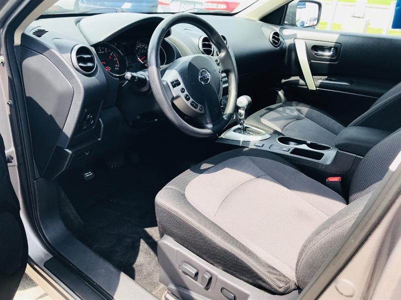 Nissan Rogue 16