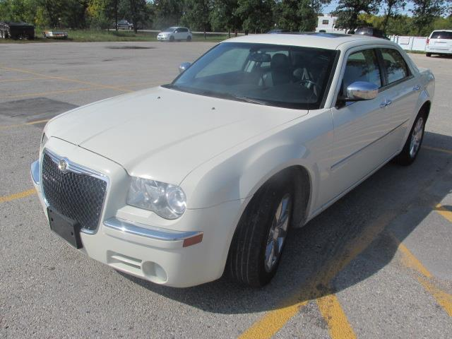 2010 Chrysler 300 4dr Sdn Limited RWD #1158-1-49