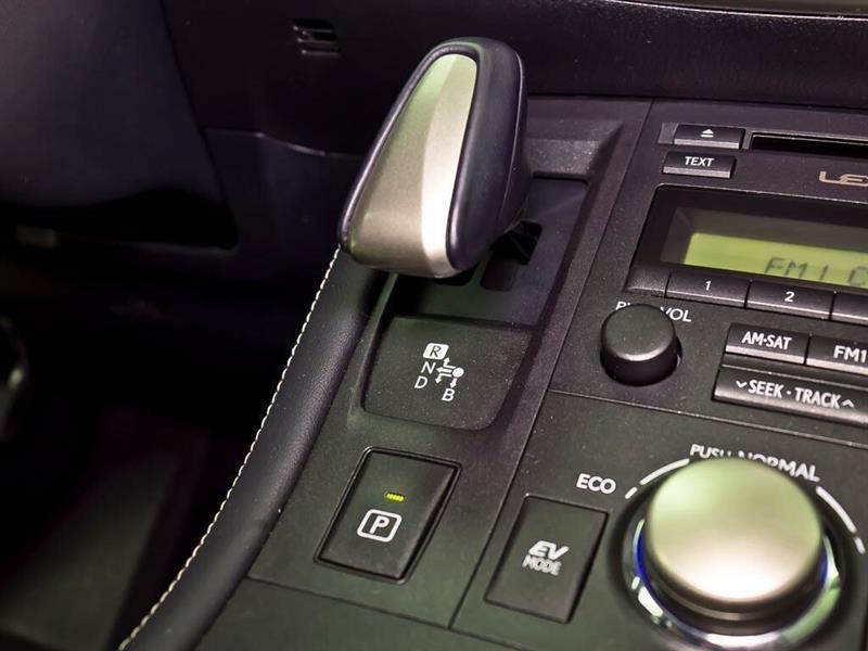 Lexus CT 21