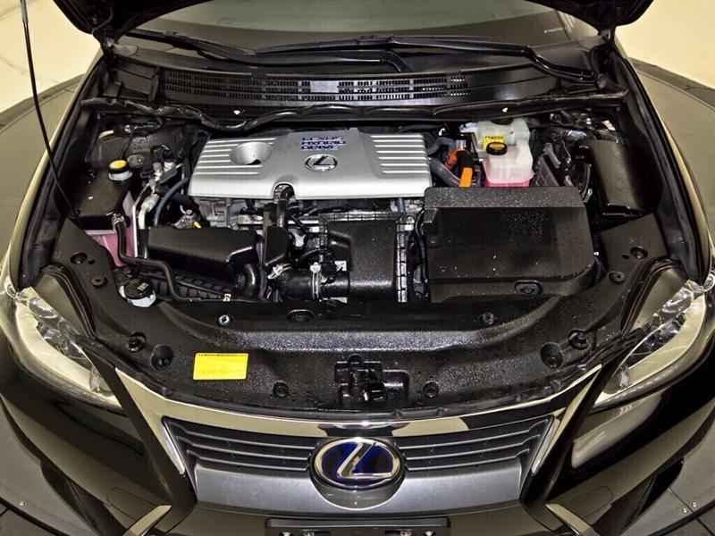 Lexus CT 31
