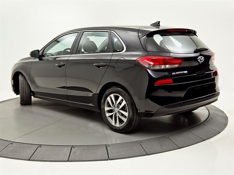 Hyundai Elantra 3
