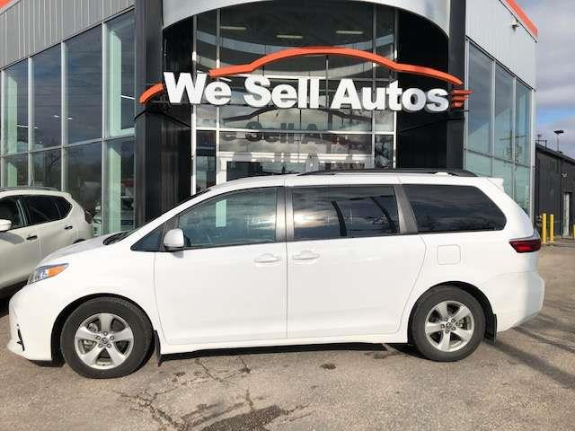 2019 Toyota Sienna LE #19TS98181