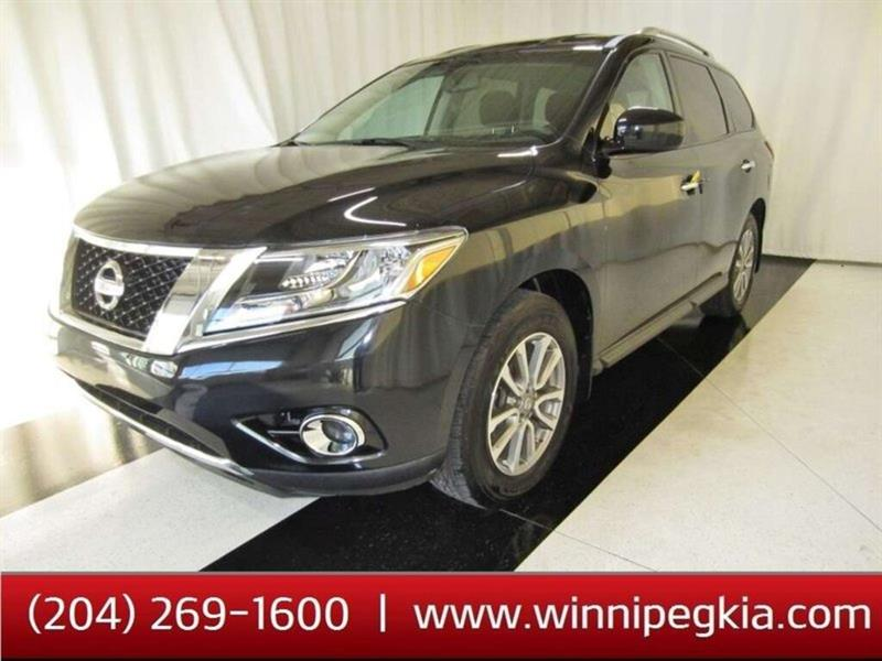 2015 Nissan Pathfinder SV *Accident Free!* #15NP02750